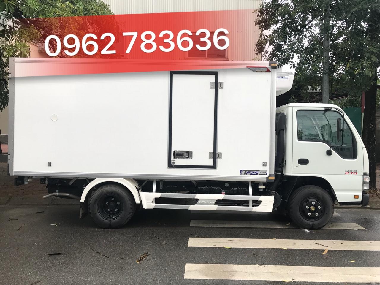 Xe tải thùng Đông Lạnh 2.8 tấn QKR77HE4
